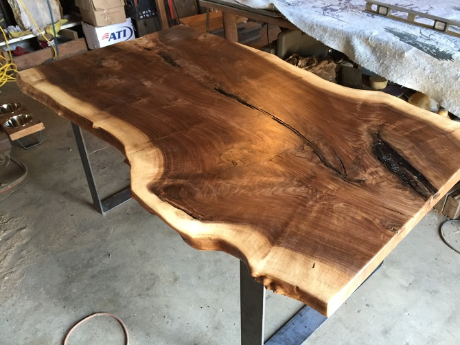 Merveilleux Live Edge Black Walnut Slab Dining Table. Black Industrial Steel U Shaped  Legs Underneath. 150 Year Old Solid Single Slab Black Walnut Slab Loaded  With ...
